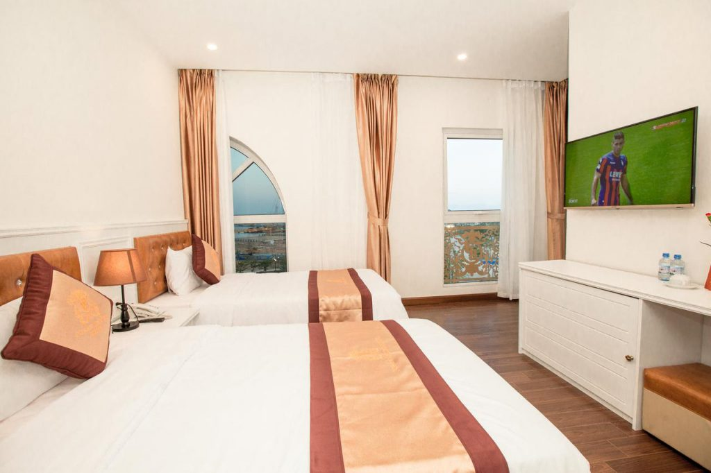 Pusan Hạ Long Hotel