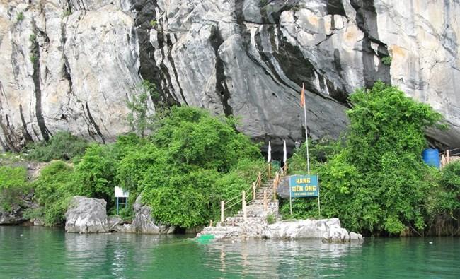 Hang Tiên Ông Vịnh Ha Long
