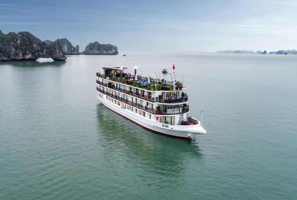 Top 6 Du thuyền 5 sao Hạ Long