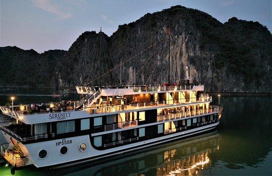 Tour Vịnh Lan Hạ 2 ngày 1 đêm